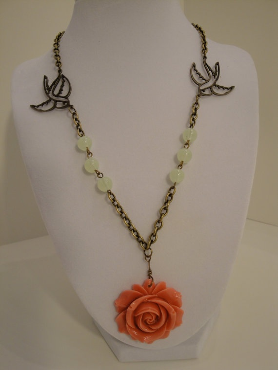 Coral cabochon rose necklace