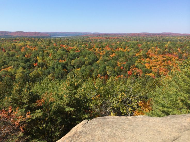 Algonquin Provincial Park, @Algonquin_PP, @OntarioParks, is the oldest provincial park in Canada. It offers many hiking trails with breathtaking views, like Lookout Trail, along Highway 60.