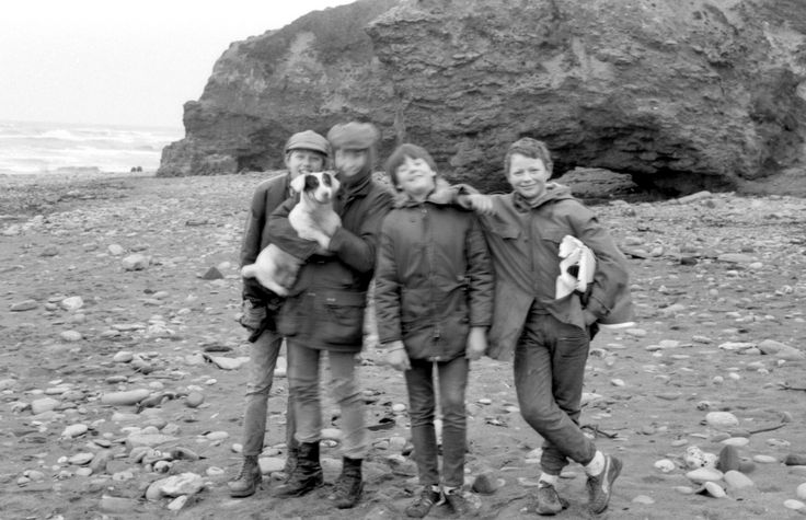 Strangers on the shore; these 4 lads were just 'hanging out' in 1973. One of them told me he lived in The Bell, a pub in Horden.