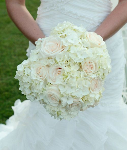 Wedding White Hydrangea: Wedding Arrangements Hydrageas And Roses