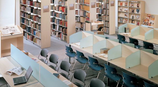 kirjasto turku - Google-haku | Library | Table, Chair, Room