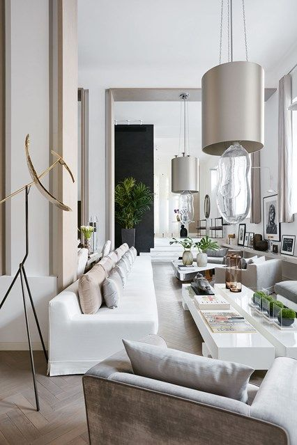 Discover Kelly Hoppen's neutral spacious house in west London on HOUSE - design, food and travel by House & Garden.