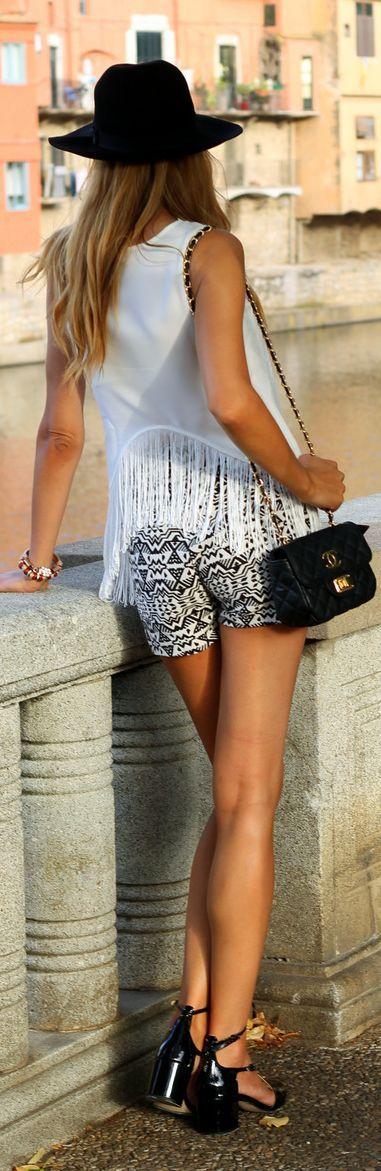 Stradivarius Black And White High Rise Aztec Print Shorts by  #modahiss #fashion