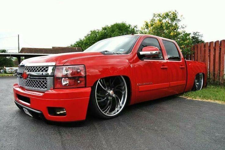 Pin By Mr Binx On So Low Even When I M Solo In 2020 Silverado Crew Cab Custom Chevy Trucks Dropped Trucks