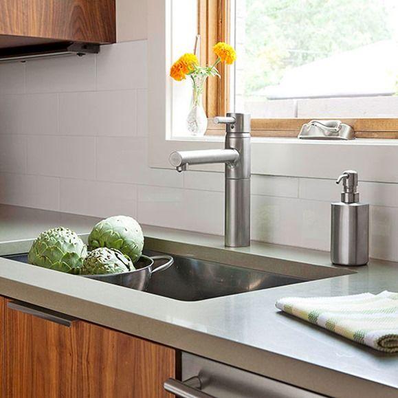 Quartz Countertops White Backsplash