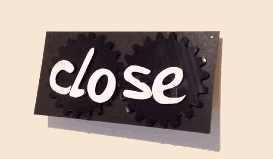 Brilliant Transforming 'Open/Close' Sign Uses Simple Clockwork Mechanics - DesignTAXI.com