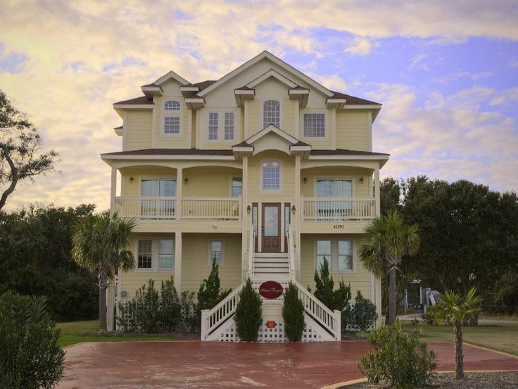 Best of hatteras rentals 6 bedroom soundside house for Hatteras homes