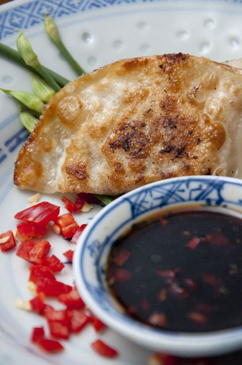 Grettie and Ami's Pork and Ginger Dumplings | .hungry&poor. student food