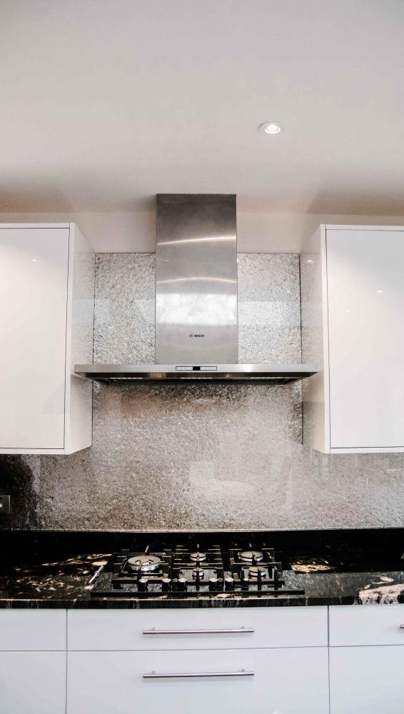 Deep Silver Premium Kitchen Glass Splashback by Creoglass Design (London, UK). View more luxurious glass kitchen splashbacks, countertops and kitchen island ideas on www.creoglass.co.uk #modernkitchen