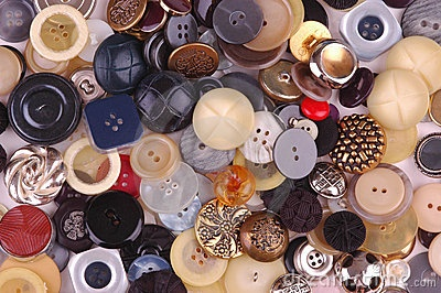 Vintage buttons... everyone should have a Mason jar full of these!: Vintage Buttons, Jar Full, Mason Jars