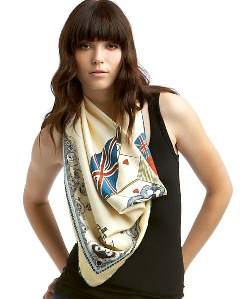 interesting way to wear a scarf.