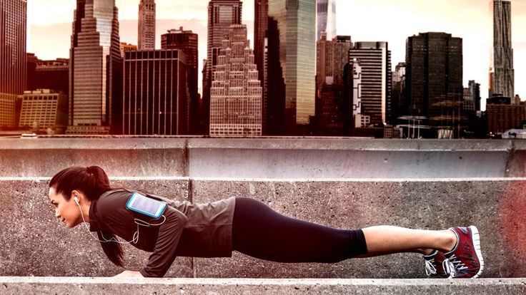 """5 - Minute workout that will get your heartrate pumping. No more """"I don't have time excuses"""""""