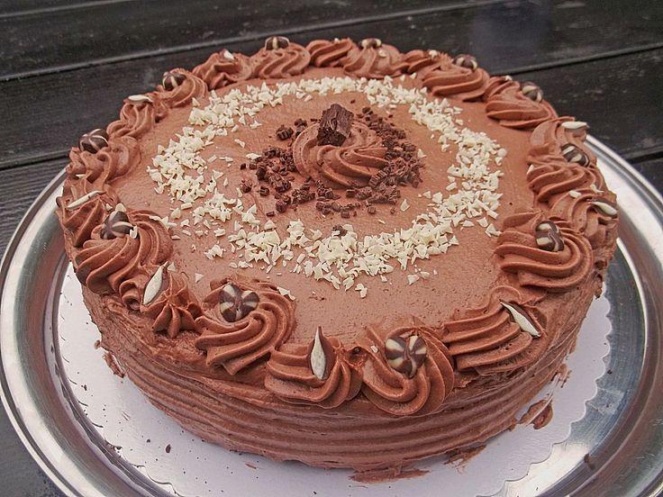 Schokoladen - Sahne Torte, ein leckeres Rezept aus der Kategorie Torten. Bewertungen: 13. Durchschnitt: Ø 3,7.