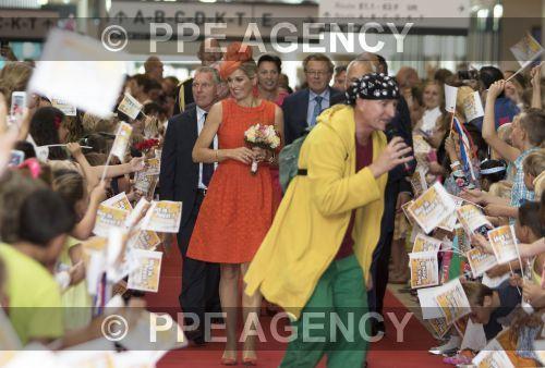 Foro Hispanico de Opiniones sobre la Realeza: La reina Máxima inaugura el hospital infantil Juliana