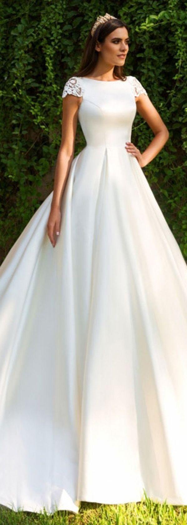 Beautiful Romantic Tulle u Satin Bateau Neckline A Line Wedding Dresses With Lace Appliques