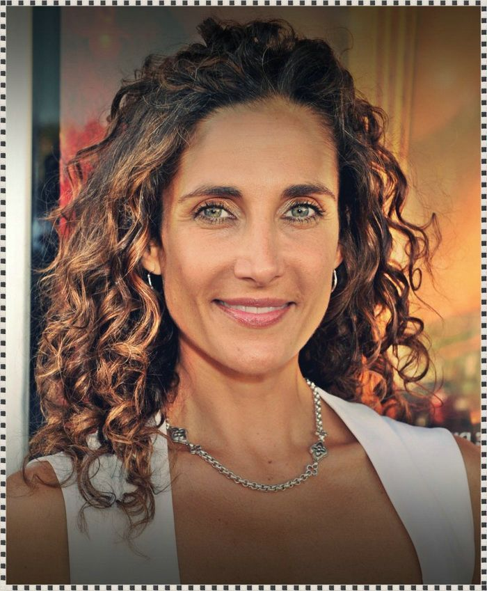 Curly Long Hairstyles For Women Over 40 | Long Curly Hair ...