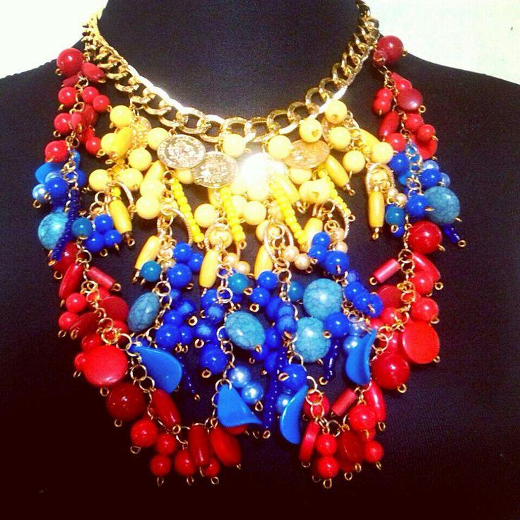 Colombia collar  accesorio tricolor combinación
