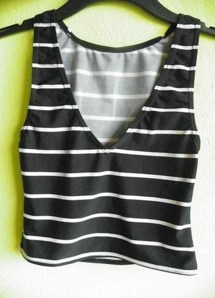 Kup mój przedmiot na #vintedpl http://www.vinted.pl/damska-odziez/koszulki-na-ramiaczkach-koszulki-bez-rekawow/9753279-hit-top-w-czarno-biale-paski