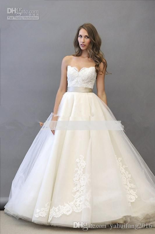 1000  ideas about Vintage Ball Gowns on Pinterest  Princess gowns ...