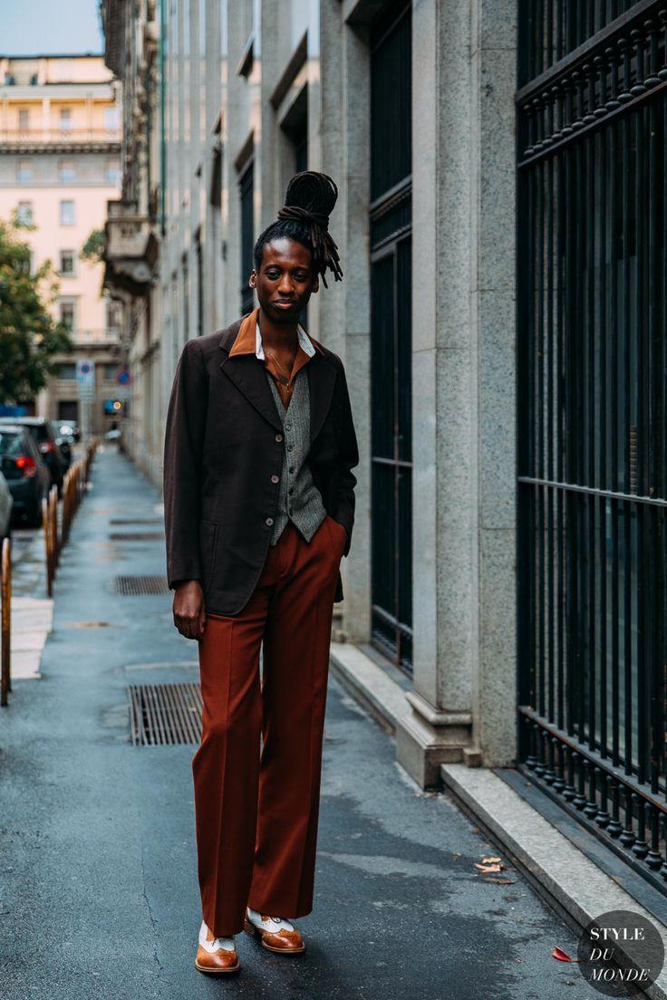 Milan SS 2021 Street Style - STYLE DU MONDE | Street Style Street Fashion Photos Brown blazer and brick colored pants