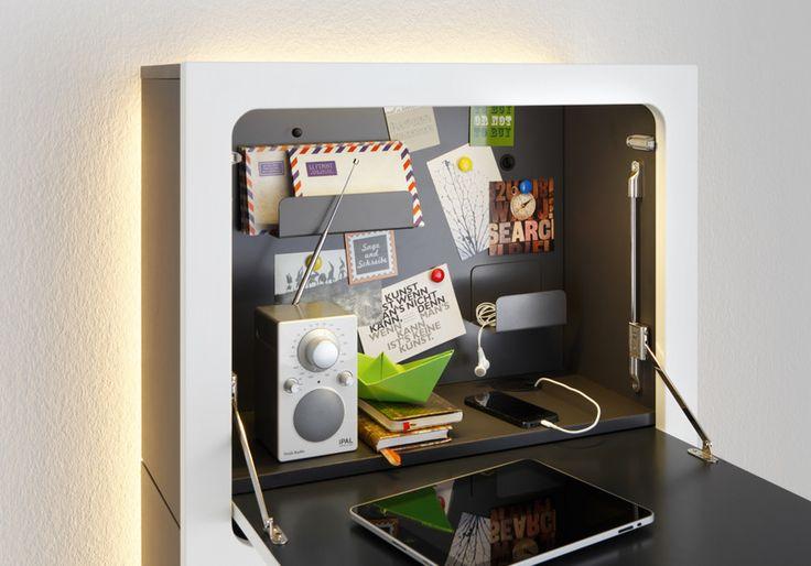 smaider - das Sekretär-Möbel des 21. Jahrhunderts (schwarz, weiß hochglanz)