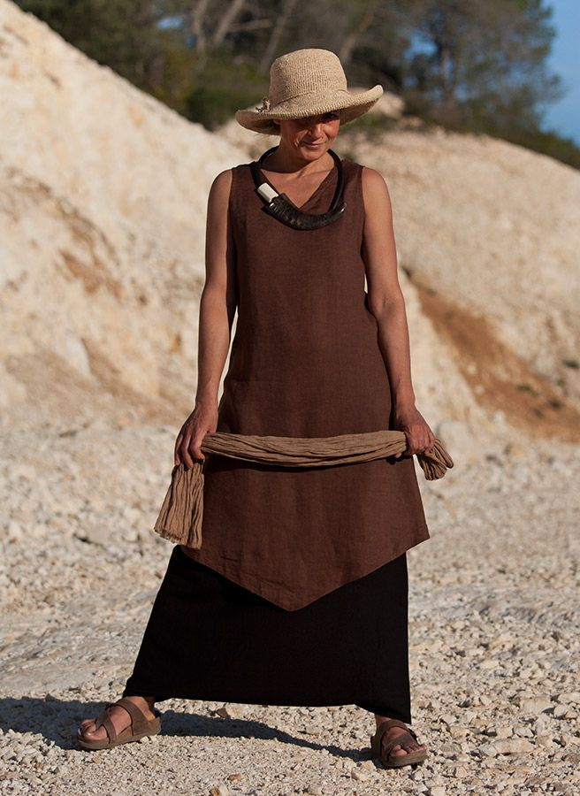 earthy : chocolate brown linen tunic and black mixed linen sarouel-skirt  AMALTHEE CREATIONS