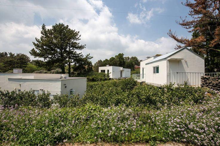 이렇게 멋진 에어비앤비 숙소를 확인해보세요: Little White_RETREAT IN JEJU - 서귀포시의 단독주택 대여 가능