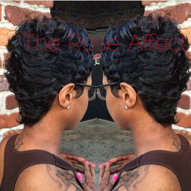 This feathered cut by @the_rose_affect is everything! Her hair is so full without any extensions! Gorgeous #AtlantStylist #PixieCut  #VoiceOfHair ✂️========================= Go to VoiceOfHair.com ========================= Find hairstyles and hair tips! =========================