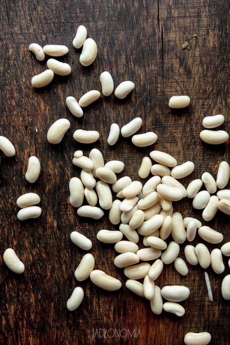 jadłonomia · roślinne przepisy: Cytrynowa zupa fasolowa z harissą