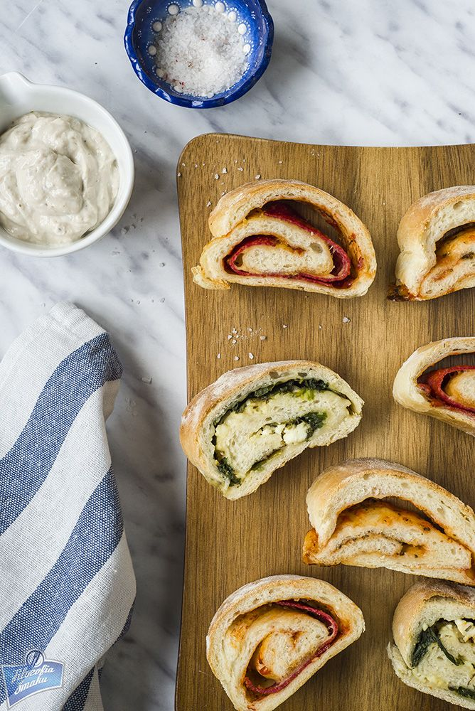 Rolada chlebowa na trzy sposoby