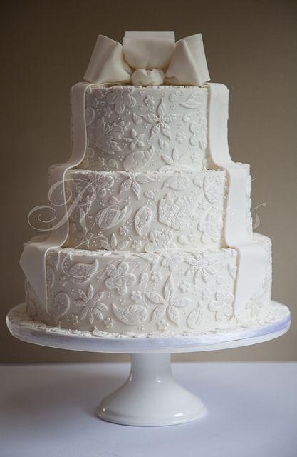 cake - fondant with fondant designs