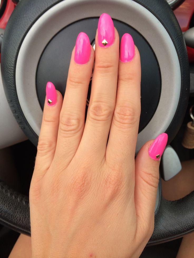 Acrylic nail design pink acrylic fushia pink nails oval