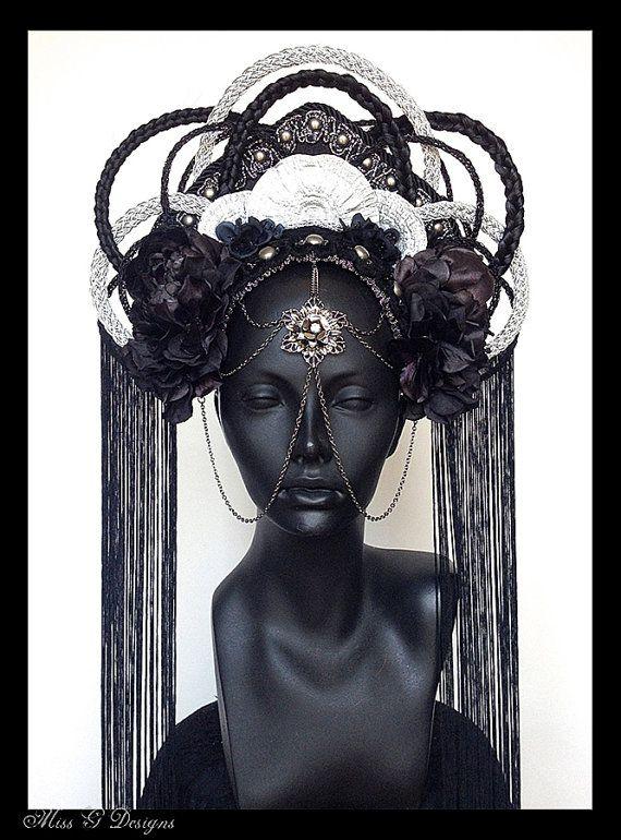 MADE TO ORDER  Dark Empress Headdress par MissGDesignsShop sur Etsy, $450.00