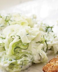 Sour Cream Cucumber SaladDill Cucumber, Cream Cucumber Salad, Side Dishes, Salad Recipes, Maine Dishes, Chops Dill, Healthy Food, Appetizers Recipe, Sour Cream Cucumber