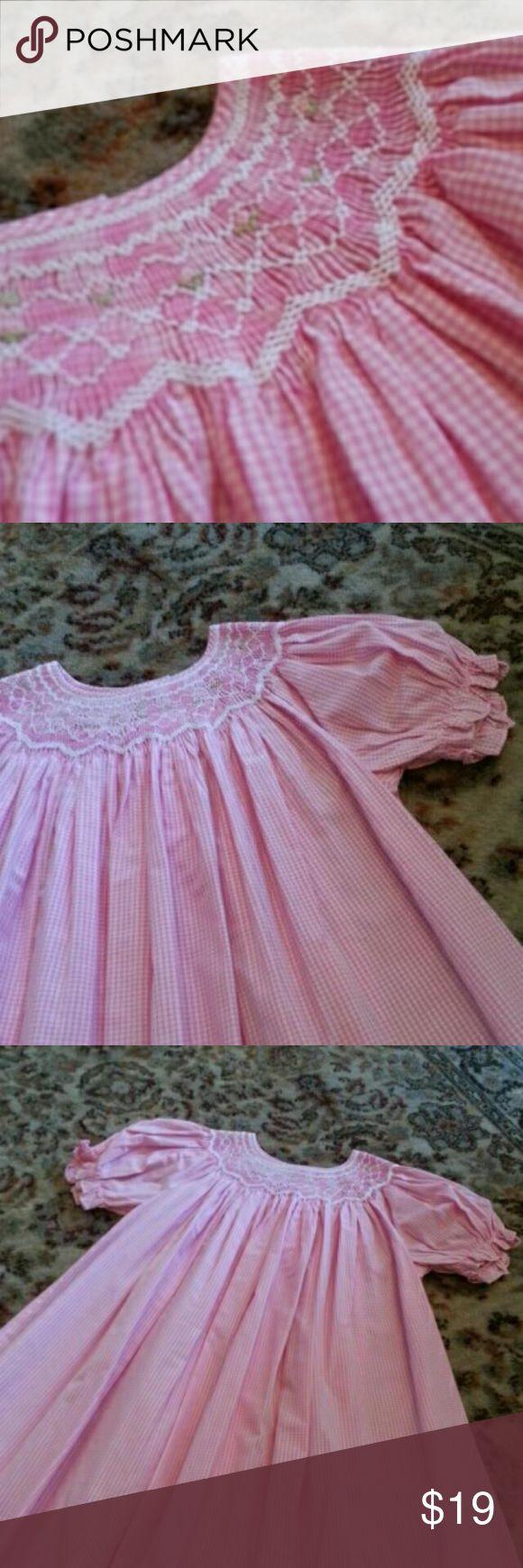 Sweet Angela pink gingham smocked dress Beautiful pink gingham smocked dress from Sweet Angela by Rosalina in perfect condition! Rosalina Dresses