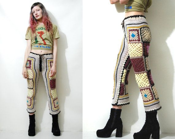 Reserved // CROCHET Pants 70s Vintage Granny Square Capris Flares Colourful 70s…
