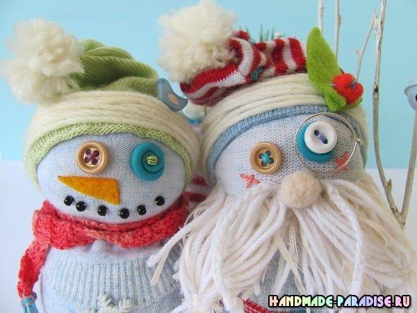 Снеговик из носков. Мастер-классы для любительниц шить игрушки своими руками к приближающемуся Новому году в подарок на радость малышам. Три мастер-класса