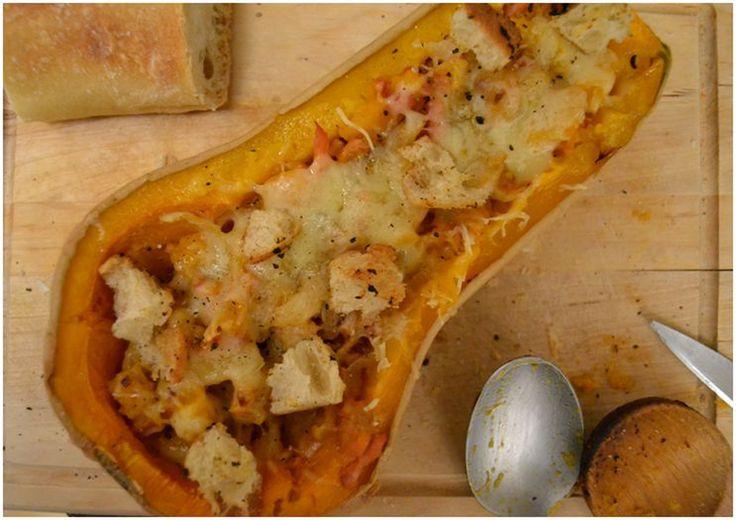 Je vous propose un petit plat d'automne pour des soirées douces et chaudes: une courge butternut gratinée.  Le plat peut être préparé en p...