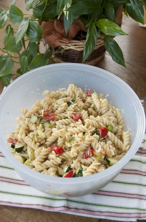 An easy, yet very delicious pasta salad is the perfect side dish for any BBQ, picnic, pot luck, or cook out.