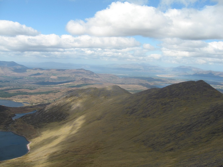Start of Coomloughtra horseshoe from ridge