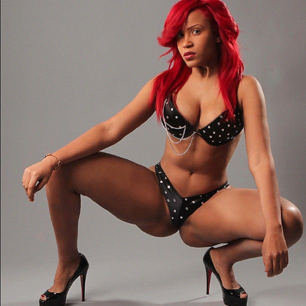 Hot ebony diana has a gorgeous body and boobs 3