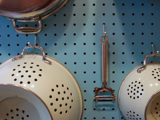 How To  Make a Pegboard Wall Organizer. 1000  images about Home Decor 101 on Pinterest   DIY home  How to