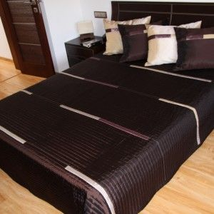 Luxusný tmavo hnedý prehoz na posteľ