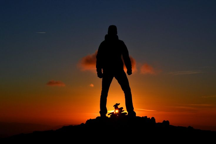 Silhouettes & sunset // photogallery - DR travelblog Pen-y-fan, Brecon Beacons National Park, Wales, United Kingdomslunce // photogallery - DR travelblog