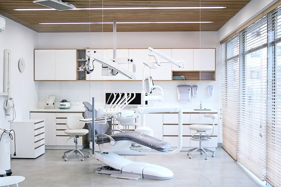 Klinika dentystyczna : od PB/STUDIO