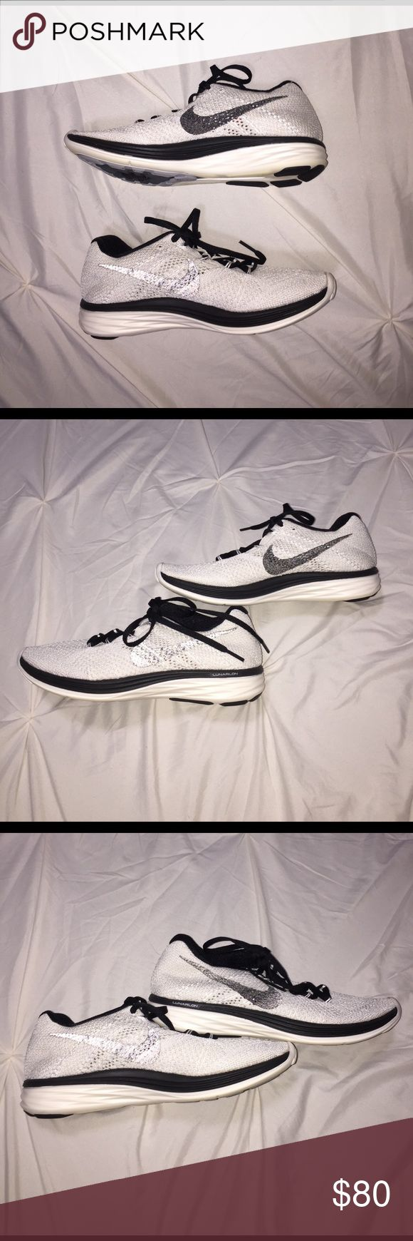 Black and white Nike Flyknit Lunar 3 Black and white Nike Flyknit Lunar 3, not new but in amazing condition. Nike Shoes Athletic Shoes