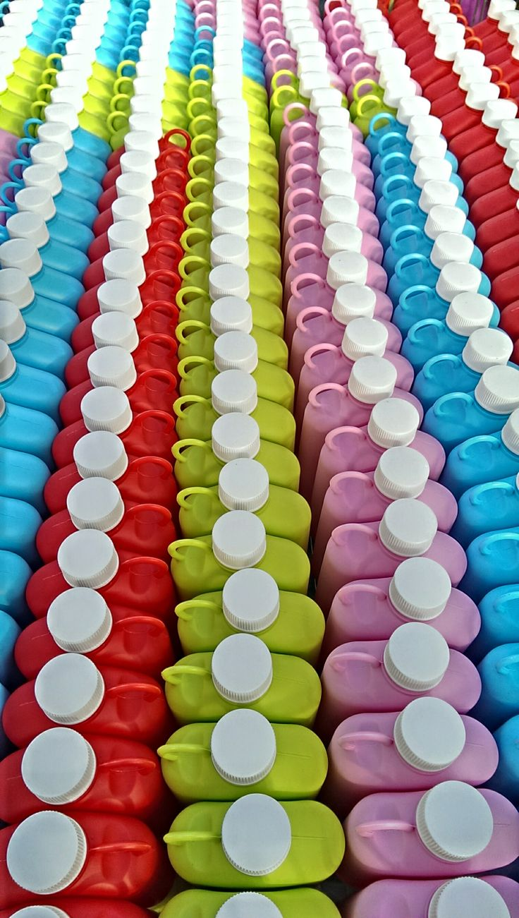 Taskumatit järjestyksessä!  flasks with colorful edition. (Made in Finland).
