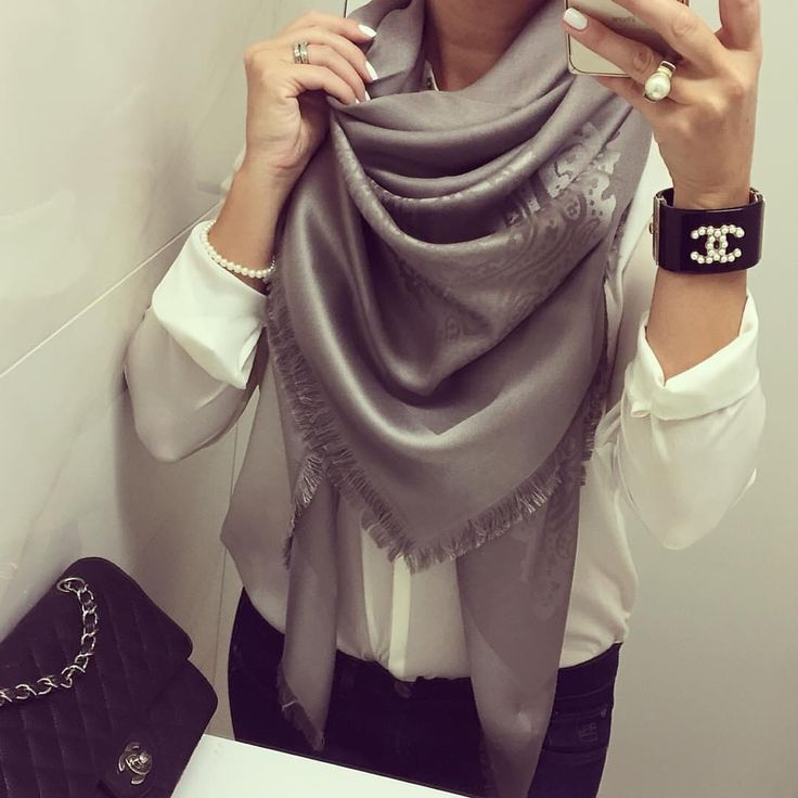 @daydreamingmussu fell in love with the new Marchese premium collection scarf by Balmuir. www.balmuir.com/shop