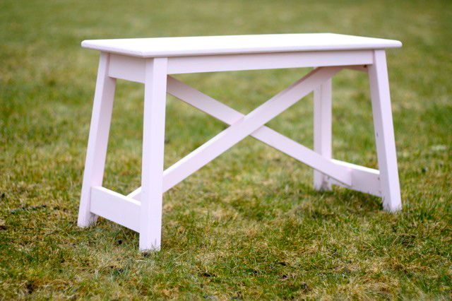 Pottery Barn knockoff: Ana White rustic bench. Where *wouldn't* you put one of these?