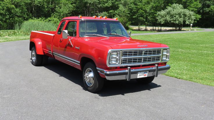 1979 Dodge D300 Dually Pickup presented as Lot T189 at